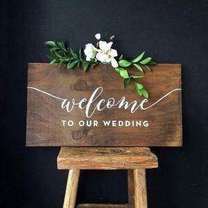 bord welcome to our wedding decoratie verhuur voor jullie bruiloft