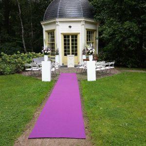 loper paars ceremonie bruiloft