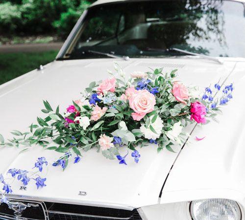 autoboeket-bruiloft-styling-aankleding-decoratie-stylist-kampen-zwolle-ceremoniemeester-overijssel-partyverhuur
