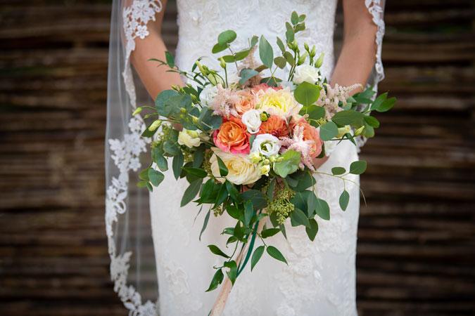 bruidsboeket-bruiloft-kampen-ijsselmuiden-zwolle-stylist-ceremoniemeester-overijssel-decoratieverhuur